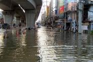 Bangkok Floods 2011 - Pahonyothin area - 31 October 2011