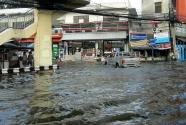Bangkok Floods 2011 - Ngam Wong Wan area - 31 October 2011