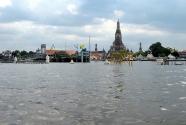 Bangkok Floods 2011 - Wat Arun - 30 October 2011