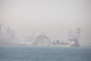 Dredging and landfill in Dubai