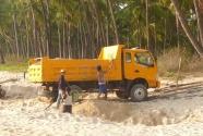 sand-miners-orange-truck