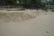 steep-dent-sand