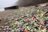 UK-beach-plastic