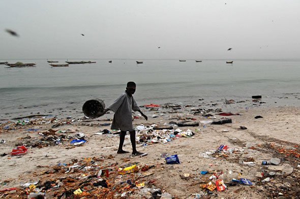 thesis littering in africa 75% of americans admit to littering within the last 5 years most common litter offenders- men between 18-34 years.