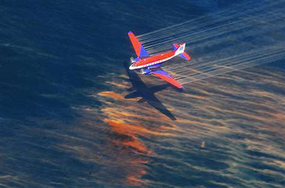 Gulf Spill oil dispersants associated with health symptoms in cleanup workers, study