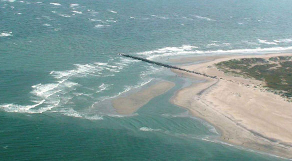 A Fiscal Analysis of Shifting Inlets and Terminal Groins in North Carolina