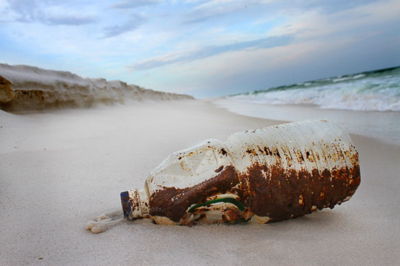 Federal report suggests Gulf oil spill beach cleanup is about over