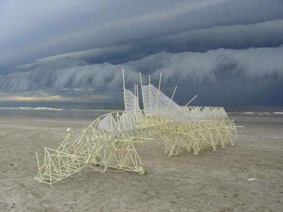 Strandbeest Theo Jansen
