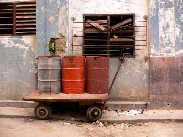 oil-drums-cuba
