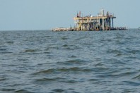 3,200 Gulf wells unplugged, unprotected lie abandoned beneath the Gulf of Mexico