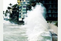 Living on the shores of Hawaii: natural hazards, the environment, and our communities