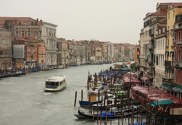 Mass tourism threatening Venice lagoon
