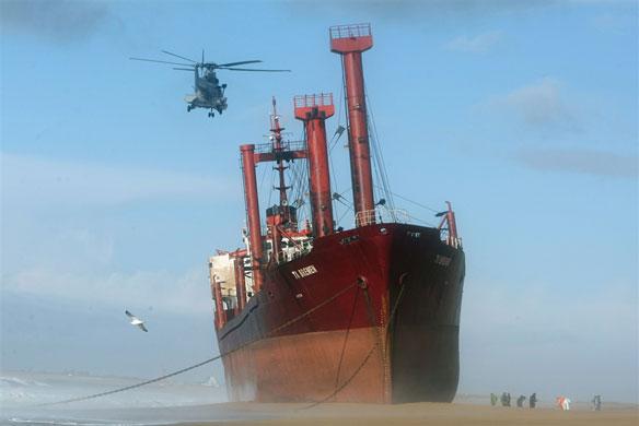TK Bremen Cargo Ship Leaks Fuel Off French Coast