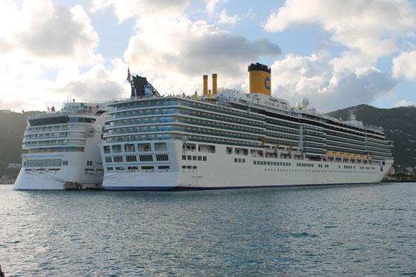 Cruise Ship Threatens Marine Paradise