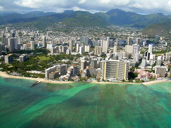 Hawaii to Add Sand to Chronically Eroding Waikiki Beach