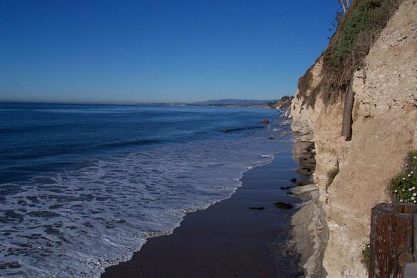 Loss of intertidal ecosystem exposes coastal communities