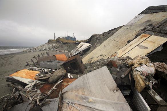Alaskan Coast: Feds set aside critical habitat for polar bear
