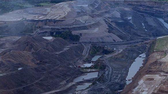 open-coal-mine-greenpeace