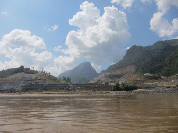 Laos Approves Xayaburi Mega Dam On Mekong