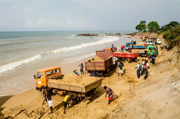 beach-sand-mining-sierra-leone1