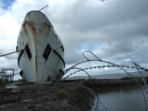 Duke of Lancaster Graffiti Art Ship, In Pictures