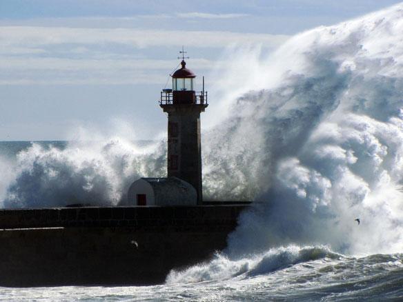 huge-wave