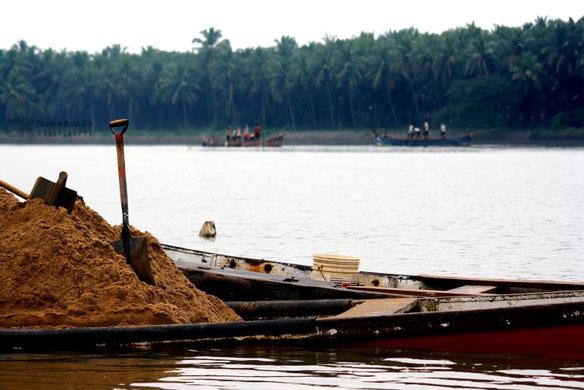sand-mining-india-mangalore