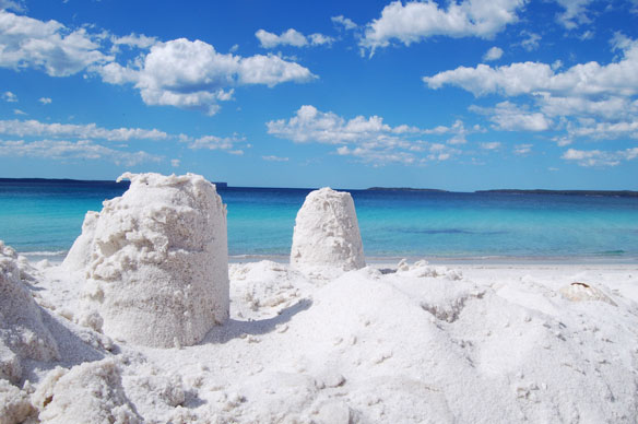 white-sand-hyams-beach