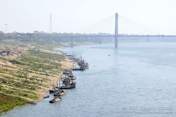 Illegal Sand Mining, Banks of the Yamuna River, India