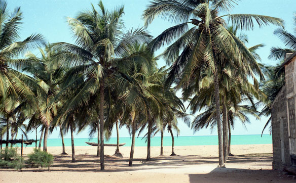 Illegal Beach Sand Mining, Togo, a Video