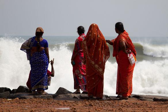 Severe Cyclone Lehar To Hit Andhra Pradesh Coast, India