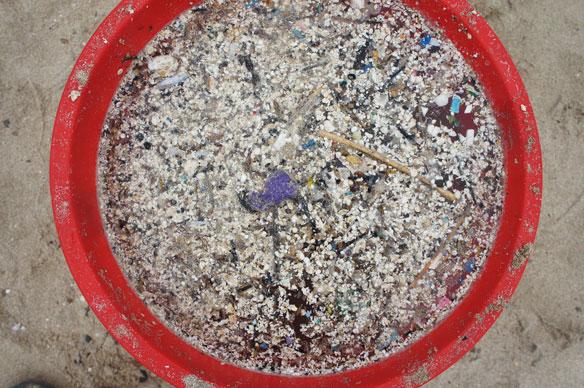 plastic-pollution-pellets