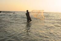 European fishermen mobilize against electric fishing