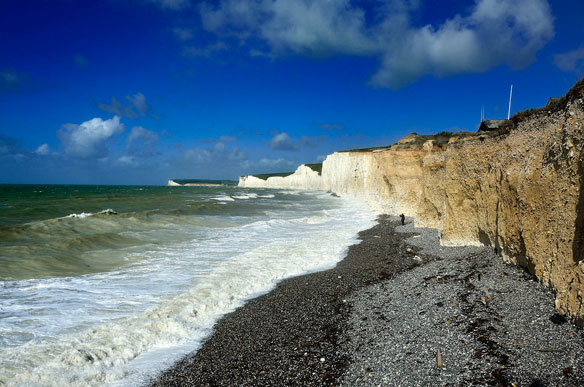 Birling Gap beach: 150 treated after chemical 'mist', UK