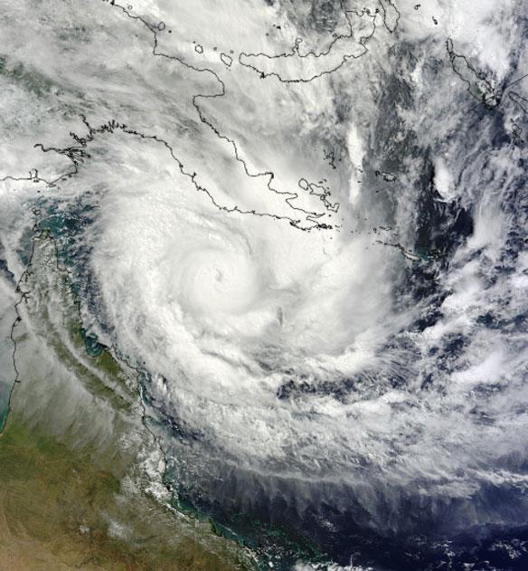 Intense Tropical Cyclone Ita Heading Toward Queensland