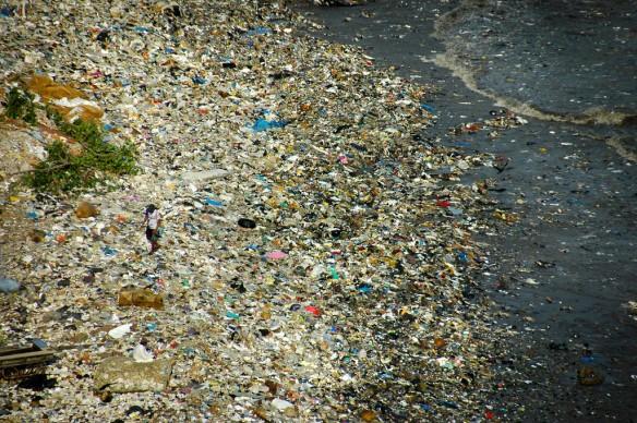 plastic-pollution-coastal-care