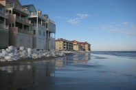 Rising seas put brakes on developers' march toward the ocean, SC