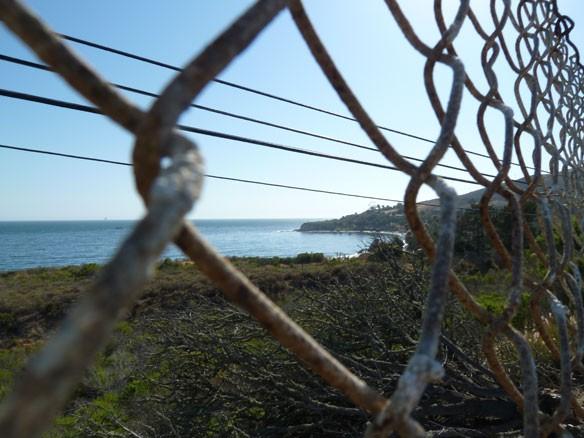 refugio-beach-oil-spill-05-20