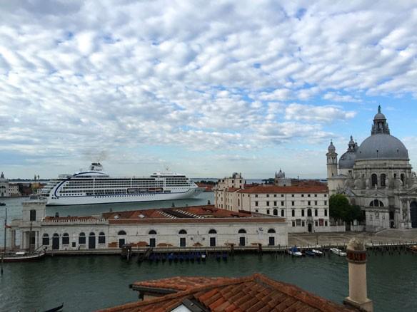 venezia-cruise-ship