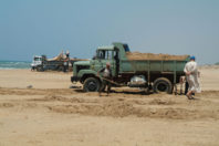 Israel: Police arrest contractors in illegal sand mining conspiracy