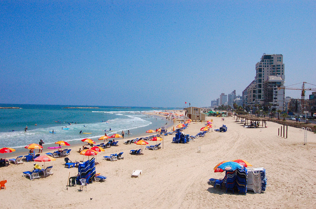 As summer draws to a close, Israel beaches' still plagued by garbage