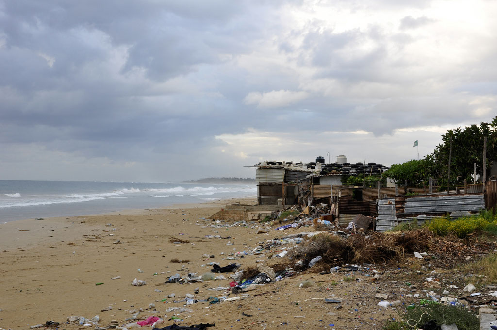 Beirut's beaches blighted by the rubbish crisis
