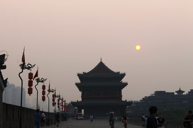China to plow $361 billion into renewable power by 2020