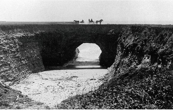 The natural bridges of Santa Cruz County; By Gary Griggs