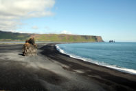 Tourists return sand and rock to Iceland with apology note