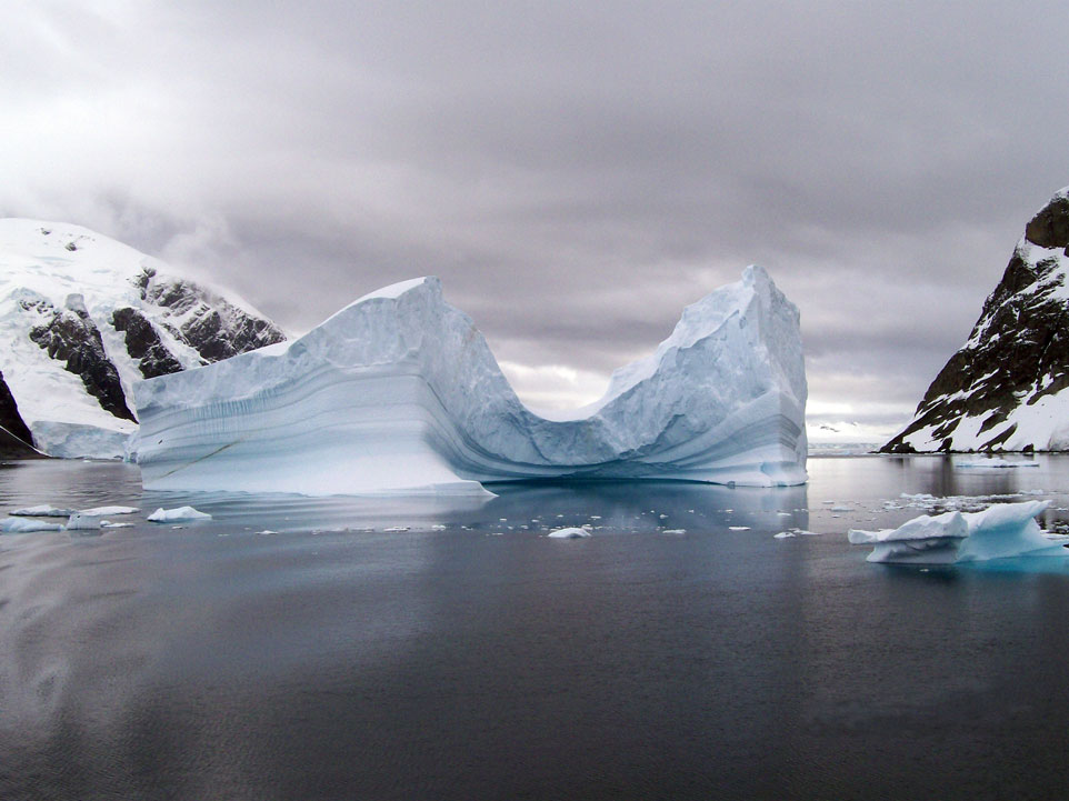 Rate of Antarctica's ice melting has tripled since 2012, study finds