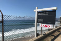 Can 475 'sand cubes' protect Capo Beach, CA from further erosion?