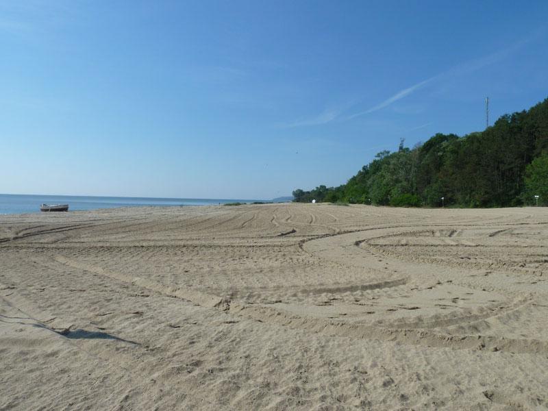 Bulgarians decry 'eco vandalism' on coast