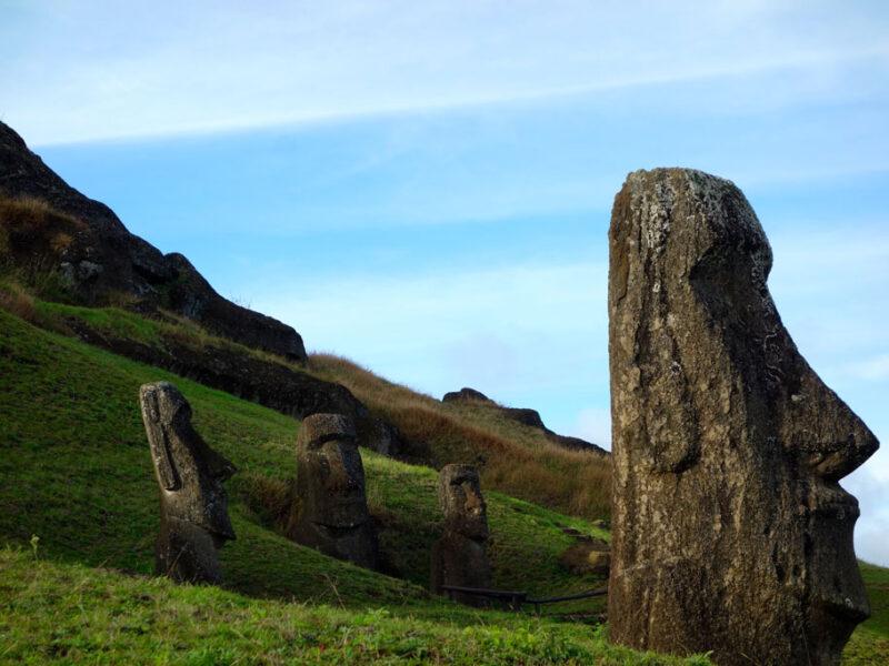 Moai ; By Santa Aguila Foundation